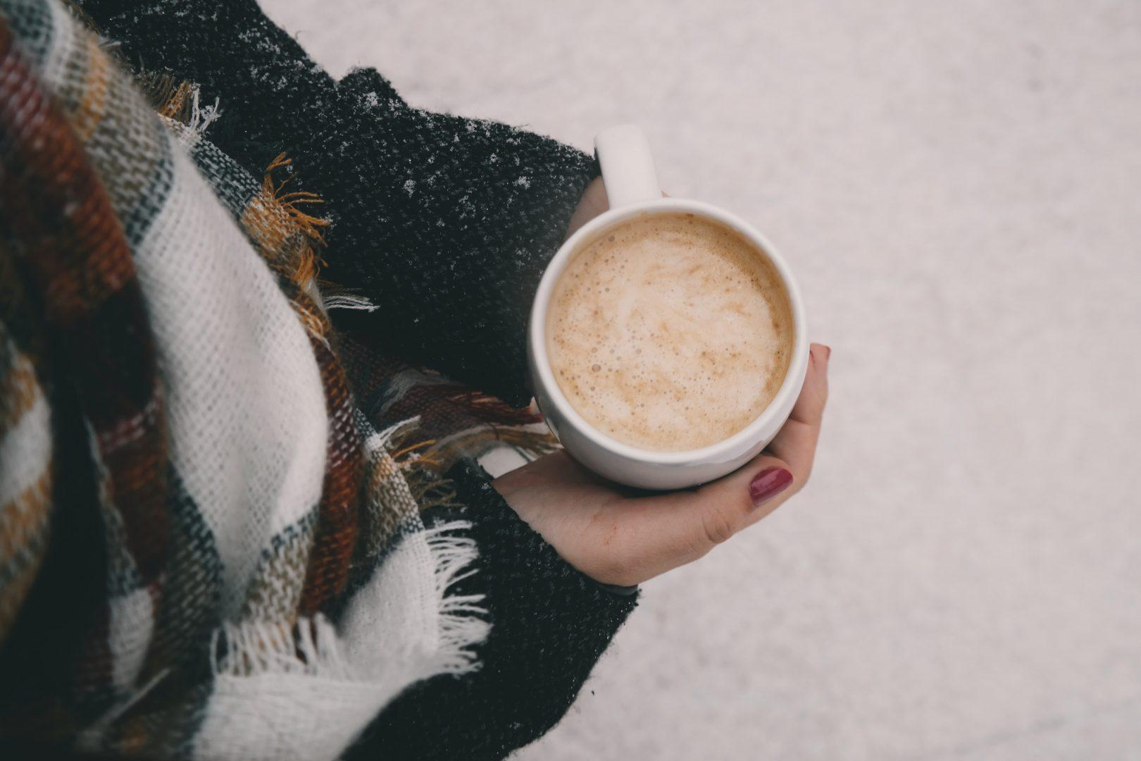 adult-beverage-caffeine